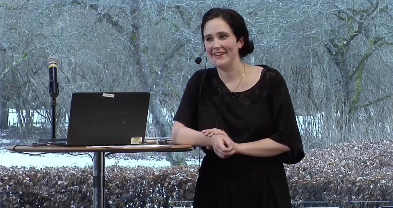 """Anja Gatu föreläser om """"Idrottare i offentlighetens ljus"""" 2016"""